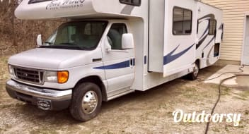2008 Thor Motor Coach Four Winds Five Thousand