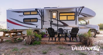 2018 Jayco Redhawk - Cute home on wheels for your next road trip adventure!