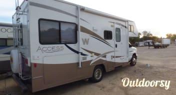 2009 Winnebago Access