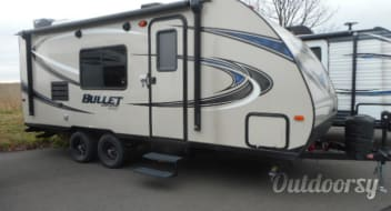 2018 Keystone Bullet Crossfire 2070 Bunk House Delivery Available!!!