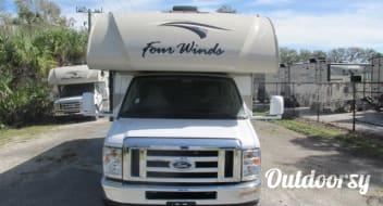 2018 Thor Motor Coach Four Winds 26B