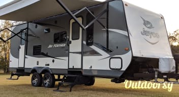 Jayco for Rent - We Deliver!