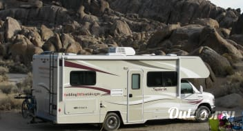2014 Winnebago Itasca Spirit (fully loaded with everything you need for camping)