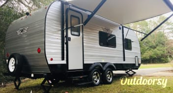 2019 Riverside RV Retro 189R aka Dream Factory
