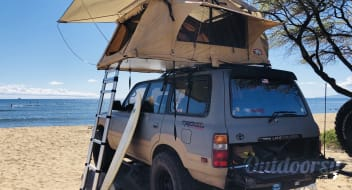 Go ANYWHERE! Triple-locked Toyota Land Cruiser with Tepui RTT roof top tent