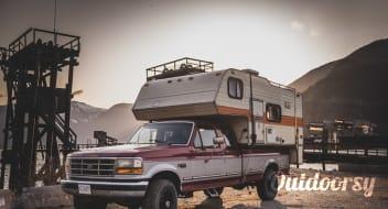 1993 Ford F-250 Camper Truck