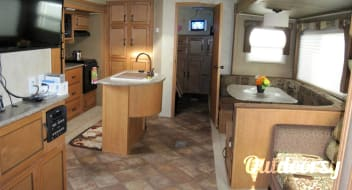 2014 Puma with Triple Slide / Outdoor Kitchen / 3 TV's / Kids Room / Fireplace / Kitchen Island / AWESOME!!!