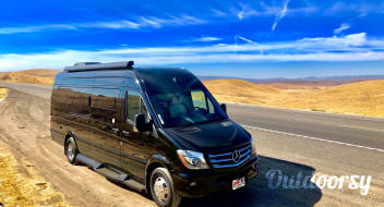 2018 Coachmen Galleria 24Q - Seats 7 w/ Seatbelts, Sleeps up to 4