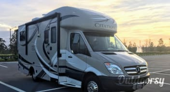 2014 Thor Motor Coach Chateau Citation Sprinter