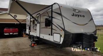 GLAMPING in a 2018 Jayco Jay Flight