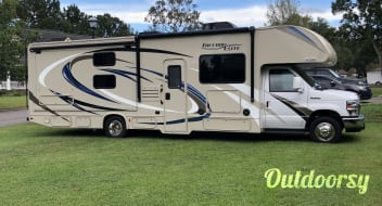 2018 Thor Motor Coach Freedom Elite