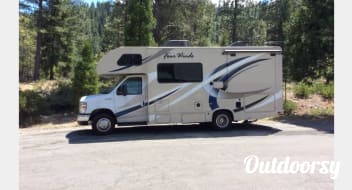 *NO MILEAGE FEES* 2017 Ford Fourwinds
