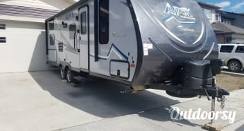 ***Under 5000lbs*** 2018 Coachmen Apex