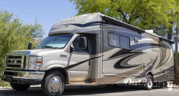 No Hassle Camping Castle: 2011 Jayco Melbourne 29'