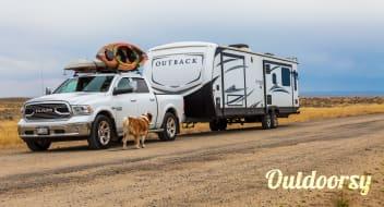 2017 Keystone Outback 330RL