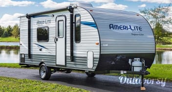 """Li'l Allie"" Ameri-Lite Bunkhouse, Small enough to be towed by any SUV"