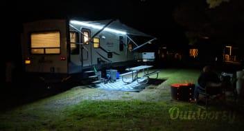 2016 Keystone Sprinter Campfire