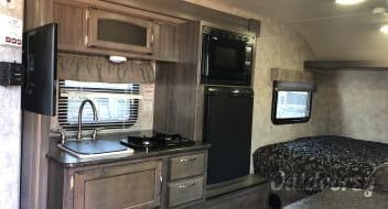2018 Winnebago Drop
