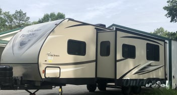 2017 Coachmen Freedom Express