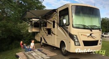 2019 Thor Motor Coach Freedom traveler