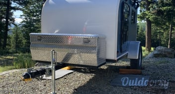 Sherpa Trailer 5x8 Yeti Hard Shell Camper -- ( Trailer only)
