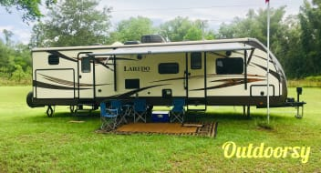 "2014 Keystone Laredo   ""Ginnie Springs Special"""
