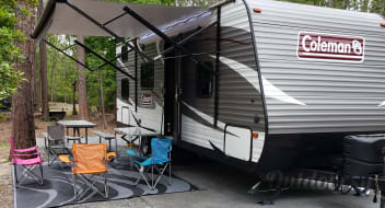 2018 COLEMAN LANTERN 274 BH *NEW AMENITIES NOW INCLUDED*