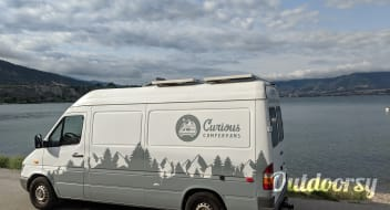 Cute & Comfy Off-Grid Sprinter Van