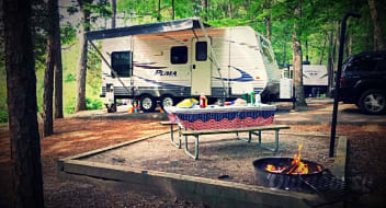 19' Travel Trailer (pull behind) in Lancaster, SC