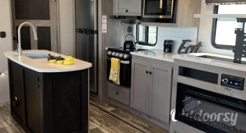 2020 Keystone Outback with BUNK House and Master