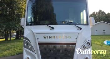 2019 Winnebago 31p Intent