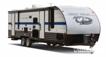 2020 Forest River Cherokee Grey Wolf- w/ bunks & Super Slide