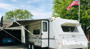 27' Forest River Flagstaff Super Lite-Clean, Affordable, Good Condition and Well Cared For