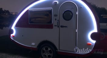 "Red & White T@b Teardrop Camper Trailer 2008 ""I Go Where I'm Towed To"""