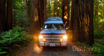 1988 Chevrolet Chinook G20 Camper Van Conversion