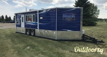 2018 Ice Castle Fish Houses Rv Edition Standard