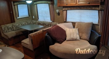 29' Jayco Jay Flight Delivery and Setup Available