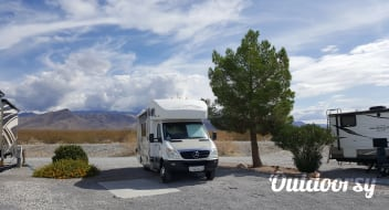 """CLIO"" (a 2009 Winnebago View)"