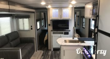 2020 Bullet Family RV Equipped for 10!
