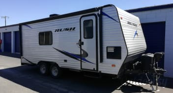 2019 RUSH Toy Hauler 22ft