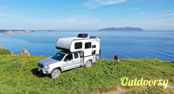 2020 Travel Lite Truck Camper 690fd