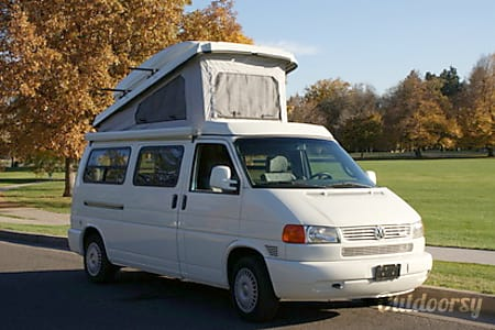 1997 Volkswagen Eurovan Full Camper Motor Home Van Rental In