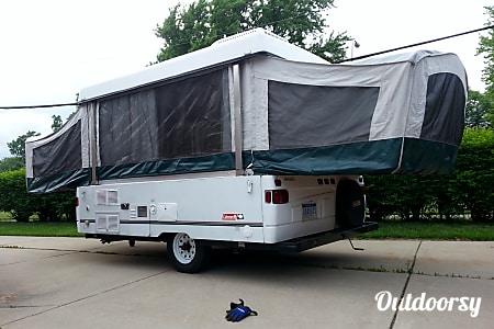 02000 Coleman Grand Tour Santa Fe  Westland, MI