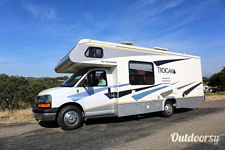 02007 Chevrolet Fleetwood Tioga  Los Angeles, CA