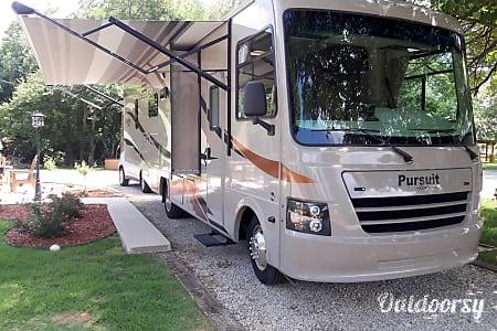 02017 Coachman Pursuit 27kb  Arlington, TX