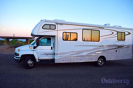 0🚐  2006 Gulf Stream Endura - Treat Yourself to an Adventure  in Style & Safety  Gilbert, AZ