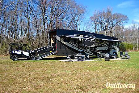 02016 Thor Motor Coach Outlaw 37RB  Evesham Township, NJ