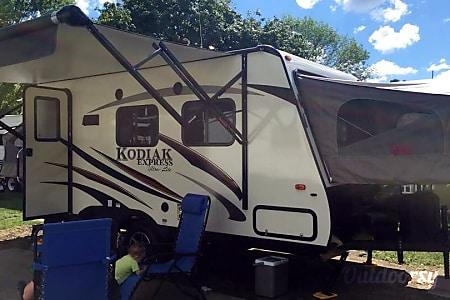 02016 Dutchmen Kodiak  Woodstock, ON