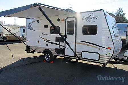 02016 Coachmen Clipper  Placerville, CA