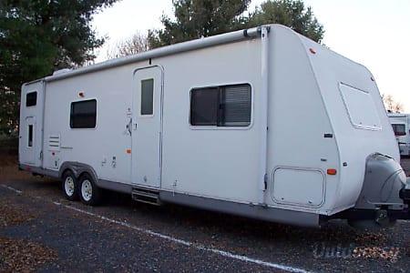 02007 R-Vision Trail Lite Super Lite 8310  Garnet Valley, PA